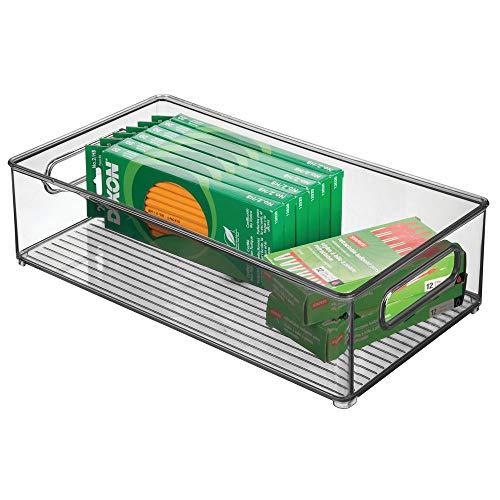 mDesign Box in plastica ideale per cucina, ufficio e bagno – Ampio contenitore trasparente con manici integrati – Portaoggetti da scrivania impilabile in robusta plastica – grigio