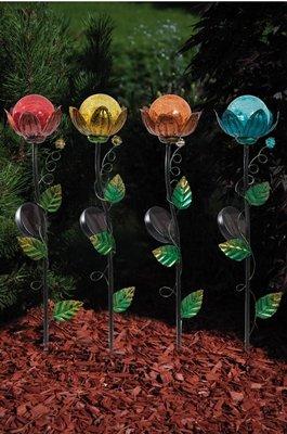 La prise de jardin (1 PRO achat) « fleur » avec l'éclairage solaire de LED, les sortes 4fach, metal ENCORE la décoration de jardin de 10.5 x de 10.5 x de 57cm