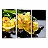 Quadri L&C ITALIA Orchidea Gialla Zen – Quadro con Fiori Sassi per Camera da Letto Bagno 115 x 70 Stampa su Tela da Parete Relax Centro Estetico Benessere 3 Pezzi Grandi Multipannello