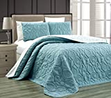 Grand Linen 3-Piece Tropical Coast Seashell Beach (California) Cal King Oversize Oversize Bedspread SPA Blue/White Reversible Coverlet Embossed Bed Cover Set. Sea Shells, Sea Horse, Starfish etc.