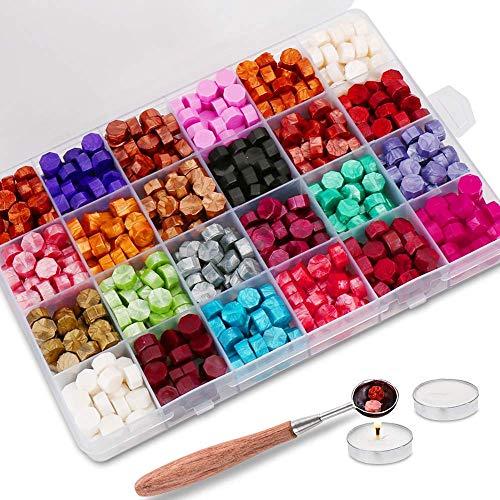 Jxunter 600 Stück Siegelwachsperlen verpackt in Kunststoffbox, mit 3 Teelichtern und 1 Wachsschmelzlöffel für Wachssiegelstempel (24 Farben)