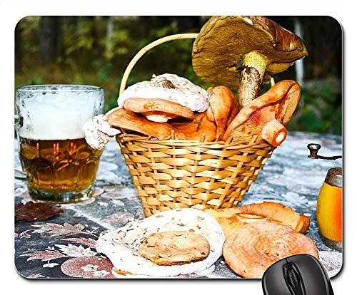 Mauspad - Pilze Bier Tisch Stillleben Wald