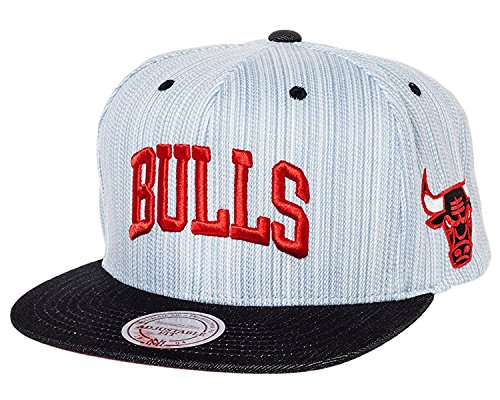Mitchell And Ness - Casquette Snapback Homme Chicago Bulls Striped Denim Arch - Blue/Navy