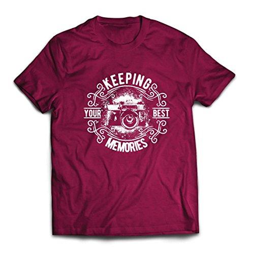 lepni.me Camisetas Hombre Cámara del fotógrafo, Foto - manteniendo Sus Mejores Recuerdos, Amante de la fotografía (X-Large Borgoña Multicolor)