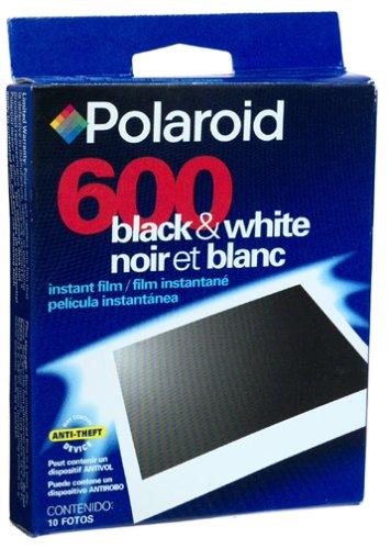 Polaroid 600 extreme Mono Chrome immediatamente su film nero/bianco