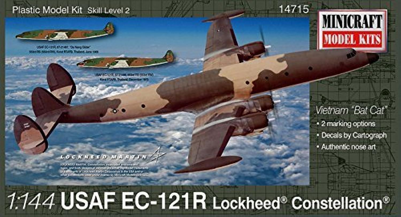 1 144 C121R USAF Viet Nam Batcat w 2 marking op by Minicraft Models