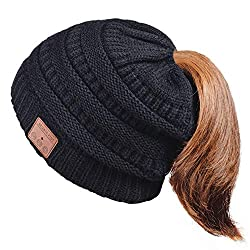 HANPURE Bluetooth Beanie Ladies hat with plait hole, beanie with Bluetooth 5.0, gift for women, Bluetooth headphone beanie, winter knitted hat for skiing, running, skating & walking