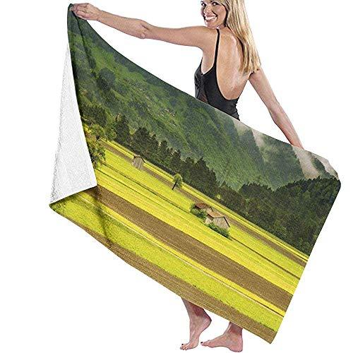 Not applicable Lonely House On Dark Green Mountain Plain strandhanddoek persoonlijkheid zwembad handdoek groot formaat 31,5 x 51,2