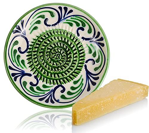 RYBE - Rallador de cocina de parmesano, nuez moscada, jengibre, verduras, manzana, queso, comida para bebé, plato rallador de cerámica, rallador de limón, multirallador verde.