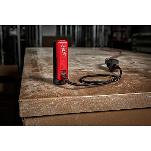 Milwaukee REDLITHIUM USB Battery and Charger Power Stick Kit