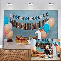 HiYash 10x8ft風船付きの最初の幸せな誕生日の写真の写真撮影の背景木製の床の誕生日の装飾の写真の背景