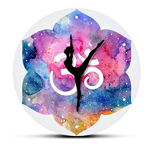 WLALLSS Aquarell Om Symbol Moderne Wanduhr Yoga Girl Om Spirituelle Wanduhr Yoga Studio Zen Art Decor Clcok Uhr Yogi Geschenk-No Frame