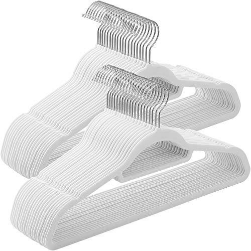 SONGMICS Kleiderbügel, 50 Stück, Anti-Rutsch, Jackenbügel, 0,6 cm Dicke, Anzugbügel, Samt, platzsparend, um 360° drehbarer Haken, 45 cm, für Jacken, Mäntel, Röcke, Hemden, Hosen, weiß CRF020W02