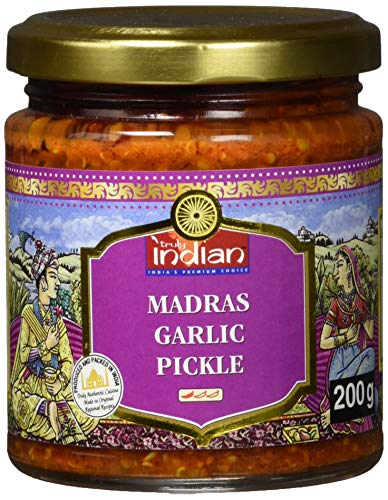 TRULY INDIAN Madras Knoblauch Pickle, Würziges indisches Relish mit traditionell eingelegtem Knoblauch & Gewürzen, Als würziger Dip oder Fertigsauce (6 x 200 g)