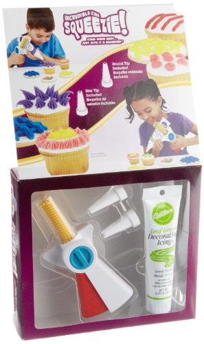 Wilton Kids Incredible Icing Squeezie