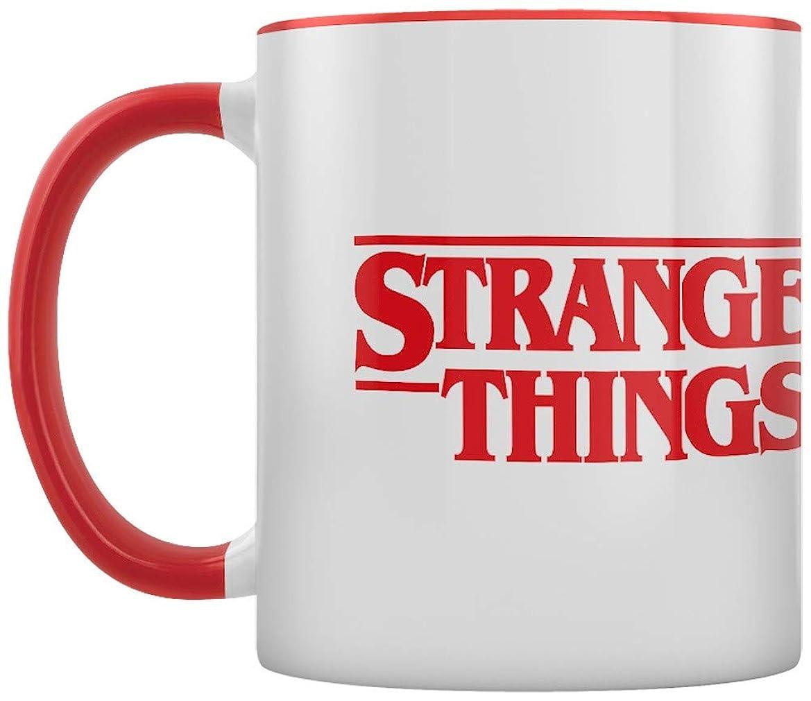 フォーム和赤Pyramid International MGC25289 Stranger Things (ロゴ) - レッドインナーカラー セラミック マルチカラー