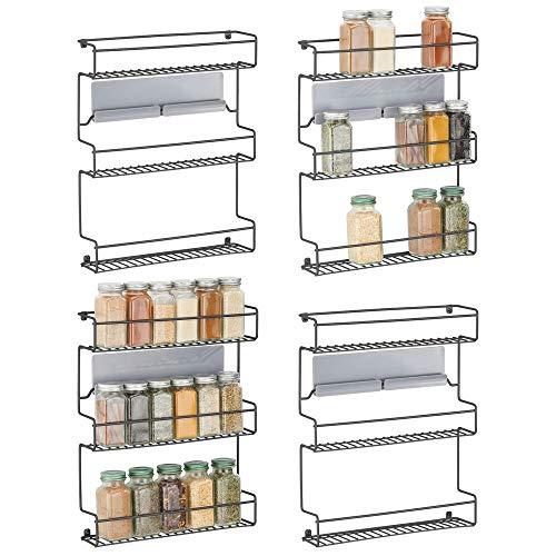 mDesign 4er-Set Küchenregal aus Metall – selbstklebendes Gewürzregal zur Wandmontage mit 3 Ebenen – ideal als Gewürzständer für Küche und Vorratskammer – mattschwarz