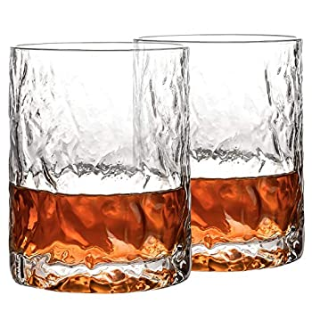 Whiskey glasses - gifts for dad under $10