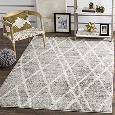 """Safavieh Adirondack Collection ADR128B Ivory and Silver Vintage Area Rug (5'1"""" x 7'6"""")"""