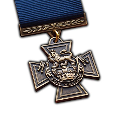 """Viktoriakreuz-Medaille, volle Größe, höchste britische, militärische Auszeichnung für besondere Tapferkeit in der britischen Marine, hochwertiges Replikat, Nachbildung des Originals von an Einzelpersonen verliehene Medaille für """"herausragende Tapferkeit im Angesicht des Feindes"""" in der Armee, Marine, britische Luftwaffe, maritime Spezialeinheit der Streitkräfte des Vereinigten Königreichs, Fallschirmjäger"""