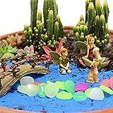 IYSHOUGONG - Juego de 5 figuras de jardín para niños y niñas, piedras fluorescentes para decoración del hogar, mini niño y niña, diseño de puente de paisaje