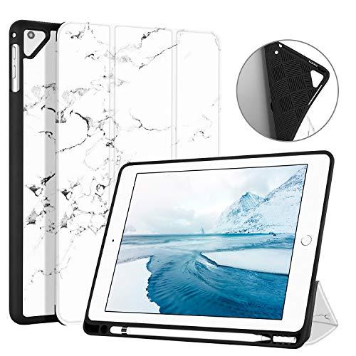 Ayotu Estuche Blando para el iPad más Nuevo de 9.7 Pulgadas (2018/2017) / iPad 6 / 5ta generación (A1822/A1823/A1893/A1954),with Pencil Holder, Auto-Sueño/Estela,The Marble Pattern-White