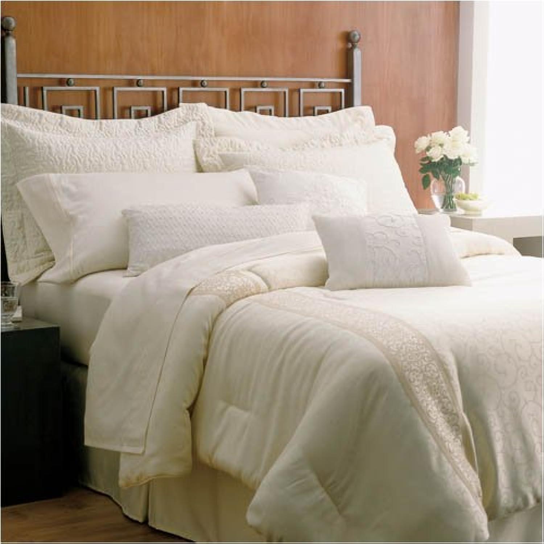 Martex Brentwood gold Label Super Standard Size Hotel Pillow Set (2 Jumbo Pillows)