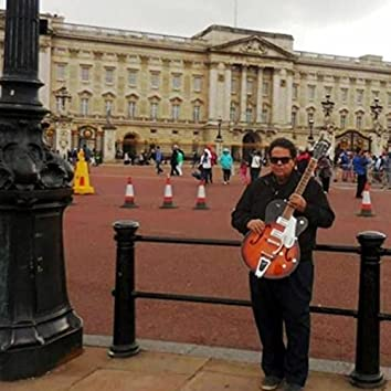 I want to live in Buckingham Palace