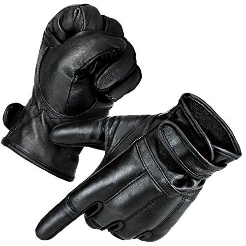 """I guanti """"Defender"""" di Black Snake sono realizzati in vera pelle e sono disponibili in diverse varianti A scelta riceverete i guanti Security con finitura DuPont Kevlar, con interno in pile, con funzione touch o come versione a mezze dita La sabbia d..."""