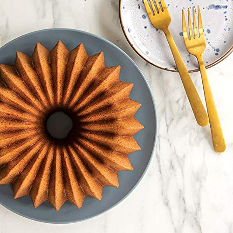 Nordic Ware 85777 Brilliance Bundt Pan One Size Gold