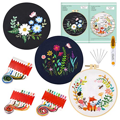 Daisy 3 Sets Embroidery Starter Kit Embroidery with Floral Pattern Plastic Embroidery Hoops Colour Threads Tools Kit Needlework