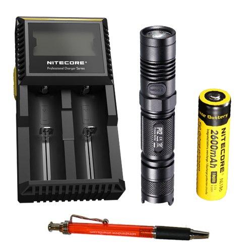 Nitecore P12 CREE XM-L2 Blanc neutre LED Lampe de poche – 950 lumens (avec gratuit Pen) (+ Nl186 chargeur de batterie + D2)
