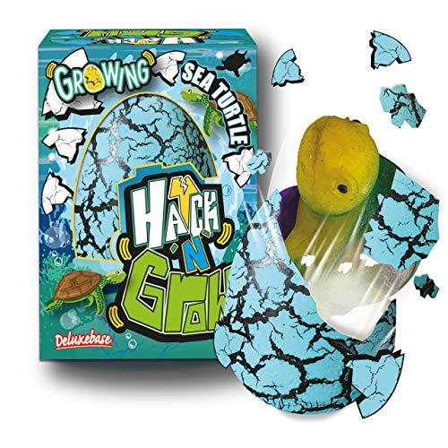 Hatch 'N' Grow Huevo Sorpresa - Tortuga Marina de Deluxebase. Huevo Grande para incubar de 11cm con Juguete de océano. Al colocarlo en el Agua aparecerá un Juguete mágico, es Ideal para niños y niñas