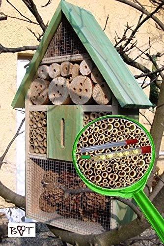 Insektenhotel LOTUS + 2 x Sichtglas + Marienkäferhaus + Schmetterlingshaus, XXL moosgrün grün für Nützlinge Biogarten Nistkasten Schmetterling Insektenhotel groß 50 cm mit Lotus-Effekt Oberflächen Beschichtung und 2 Sichtgläsern 8 und 11 mm Beobachtungsröhrchen komplett mit Füllmaterial, natürliche Blattlausbekämpfung, ein toller Insektenkasten - Insektenhaus