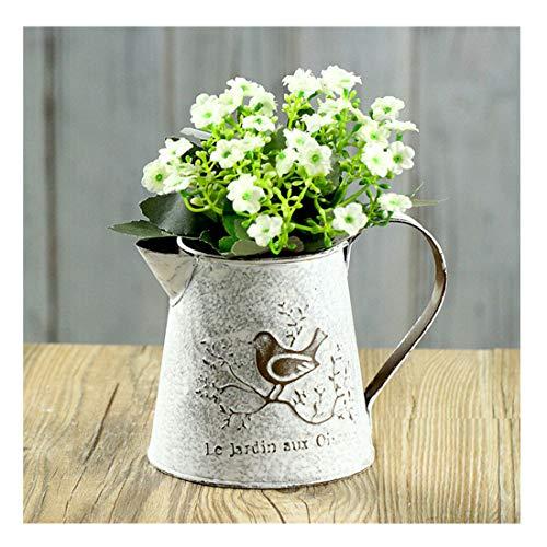 Mini vaso da fiori, brocca o caraffa in metallo con decorazioni in ferro battuto classico