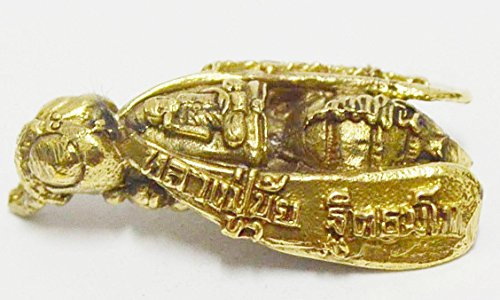 Thai Amulet Thai Buddhist Wasp Powerful of Millionaire Wealthy and Rich Prosperous Thai Amulet