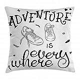 Adventure Throw Pillow Funda de cojín, diseño Motivacional, Tema Juvenil, con un par de Zapatillas, Caminatas, Caminatas, pasión por los Viajes, 45 x 45 cm, Blanco y Negro