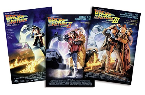Set de 3 Posters Back to The Future/Regreso al Futuro I-II-III (68,5cm x 101,5cm) + 1 Póster con Motivo de Paraiso Playero