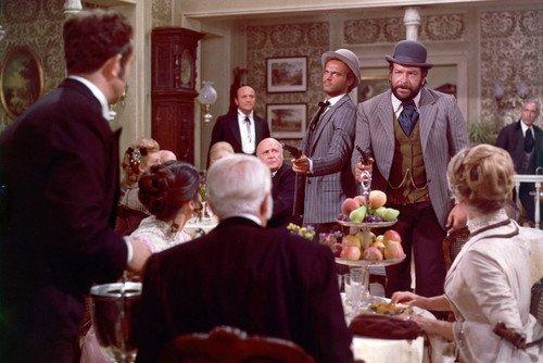 Moviestore Terence Hill als Trinity UNT Bud Spencer als Bambino in Lo chiamavano Trinità 91x60cm Farb-Posterdruck