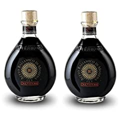 🍷 Slow ageing is a fundamental requirement for obtaining an excellent balsamic vinegar. 🍷 Due Vittorie Oro spends a good part of its life in durmast barrels that encourages the transfer of tannins and the absorption of the essences of the wood. 🍷 Bef...