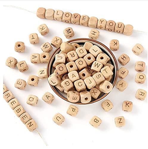 Perline Alfabeto in Legno Naturale da 12mm 52 Pcs Perline in Legno con Lettere A-Z, Perline Cubo con Lettere per Ciondolo Braccialetto Collana DIY, Buon Regalo di Apprendimento Divertente per Bambini