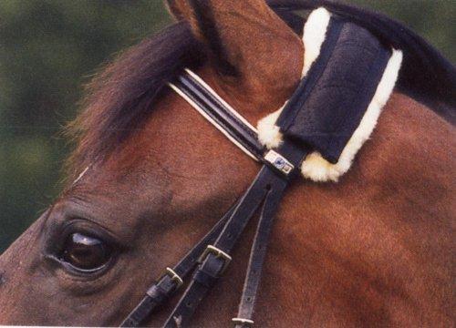 Werner Christ Turnier Genickschoner aus Lammfell – Pferde Genickschutz aus echtem Fell für Halfter, Trensenzaum und Zaumzeug, one Size (32 cm), Schaffell in schwarz - Natur