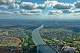Digitaldruck/Poster Hady Khandani - GEO Art - RHEIN River at Mainz - SOUTHBOUND View to GINSHEIM-GUSTAVSBURG - Germany - 45 x 30cm - Premiumqualität - Made in Germany