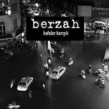 Kafalar Karışık (feat. Kafalar)