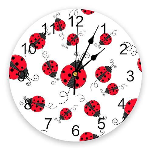 Leeypltm Reloj numérico redondo, diseño de mariquita roja sin tictac, batería de cuarzo silenciosa, reloj de pared de alta precisión, para el hogar/sala/habitación, dormitorio o escuela