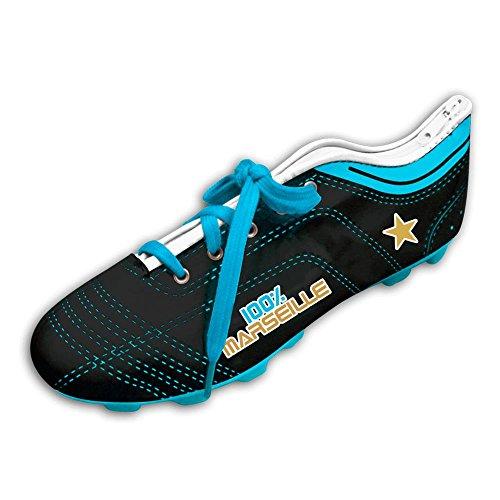 Trousse à crayons en forme de chaussure de foot...