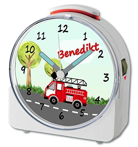 CreaDesign, WU-71-1009, Feuerwehr, analog Kinderwecker weiß, Funkwecker mit Sweep-Uhrwerk und fluoreszierenden Zeiger und Licht, personlisiert mit Namen, 10,2 x 4,6 x 11 cm