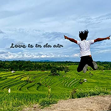 Love is in da air