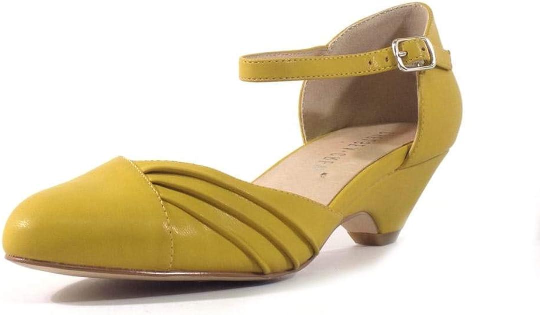 60s Shoes, Go Go Boots   1960s Shoes Chelsea Crew Perina Womens Low Heels  AT vintagedancer.com