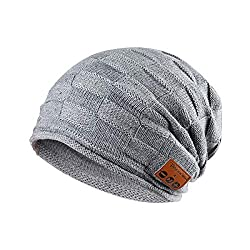 Tectri Bluetooth Beanie Winter knitted hat with inner coral fleece Built-in wireless headphones Hand free Listen to music and phone calls Unisex hat for skateboarding Hike Travel - 028 Gray